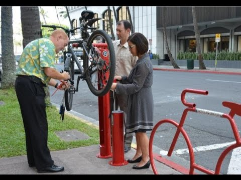 Hawaii's Creative Public Spaces – A Unique Bike Repair Station Downtown Honolulu
